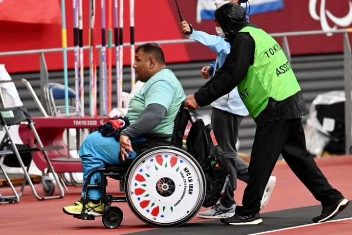 حامد امیری با شکستن رکورد پارالمپیک به مدال طلا رسید