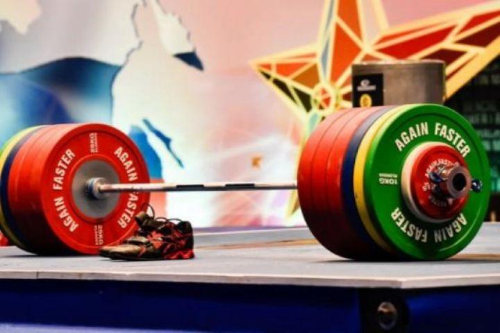 نخستین دوره مسابقات وزنهبرداری جانبازان و معلولان خراسان شمالی برگزار شد,